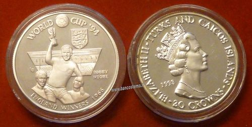 Turks and Caicos Islands Km100 20 Crowns 1993 silver proof Bobby Moore